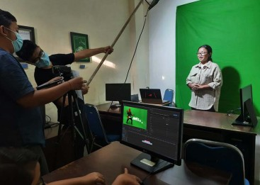 Produksi video dengan memanfaatkan alat sederhana
