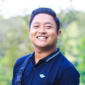 lulusan web programming, Angga