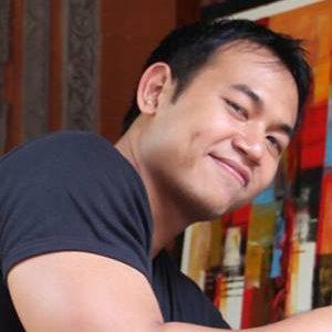 Agung Tri Wijaya, Lulusan Administrasi bisnis